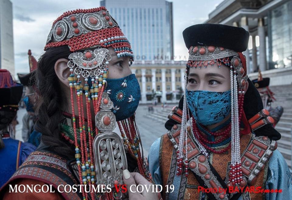 モンゴルのマスクがおしゃれ。しっかりした作りで、デザイン性も抜群ですね。