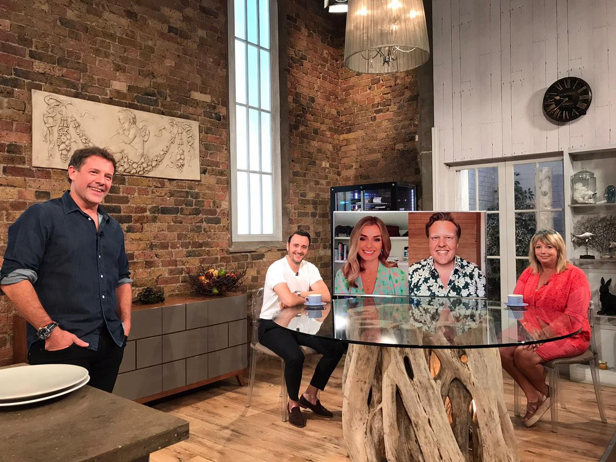 Thanks for watching this morning!  If you missed any of today's show you can catch up and find all the studio recipes at https://t.co/SL4d5CVqOg  Don't forget Best Bites tomorrow at 10am on @BBCTwo and we're back live next week on @BBCOne at 10am 📺  Have a great weekend 👋🏻 https://t.co/KyWkT84tL9