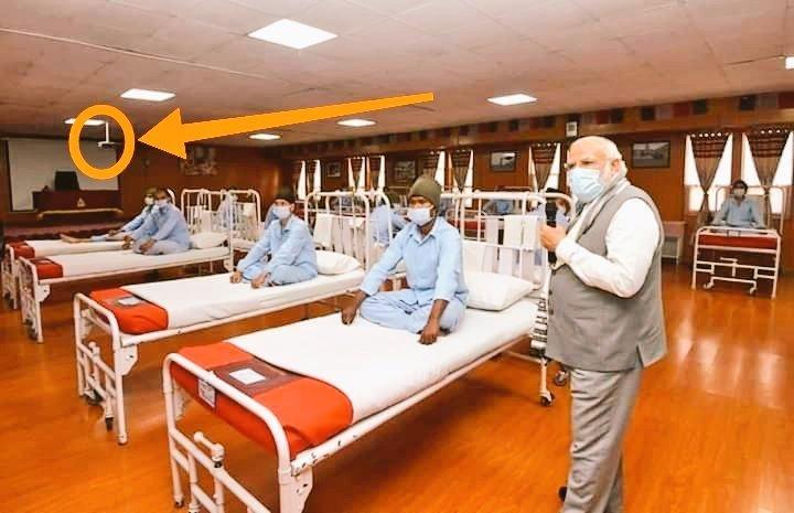 No medical equipments. Joomla Hospital set in conference hall. <br>http://pic.twitter.com/GevrxNBfI1