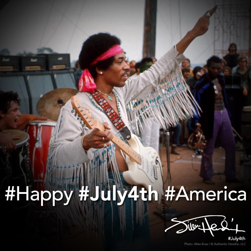 Happy July 4th America  #Happy #July4 #Americapic.twitter.com/rfiofIbaJB