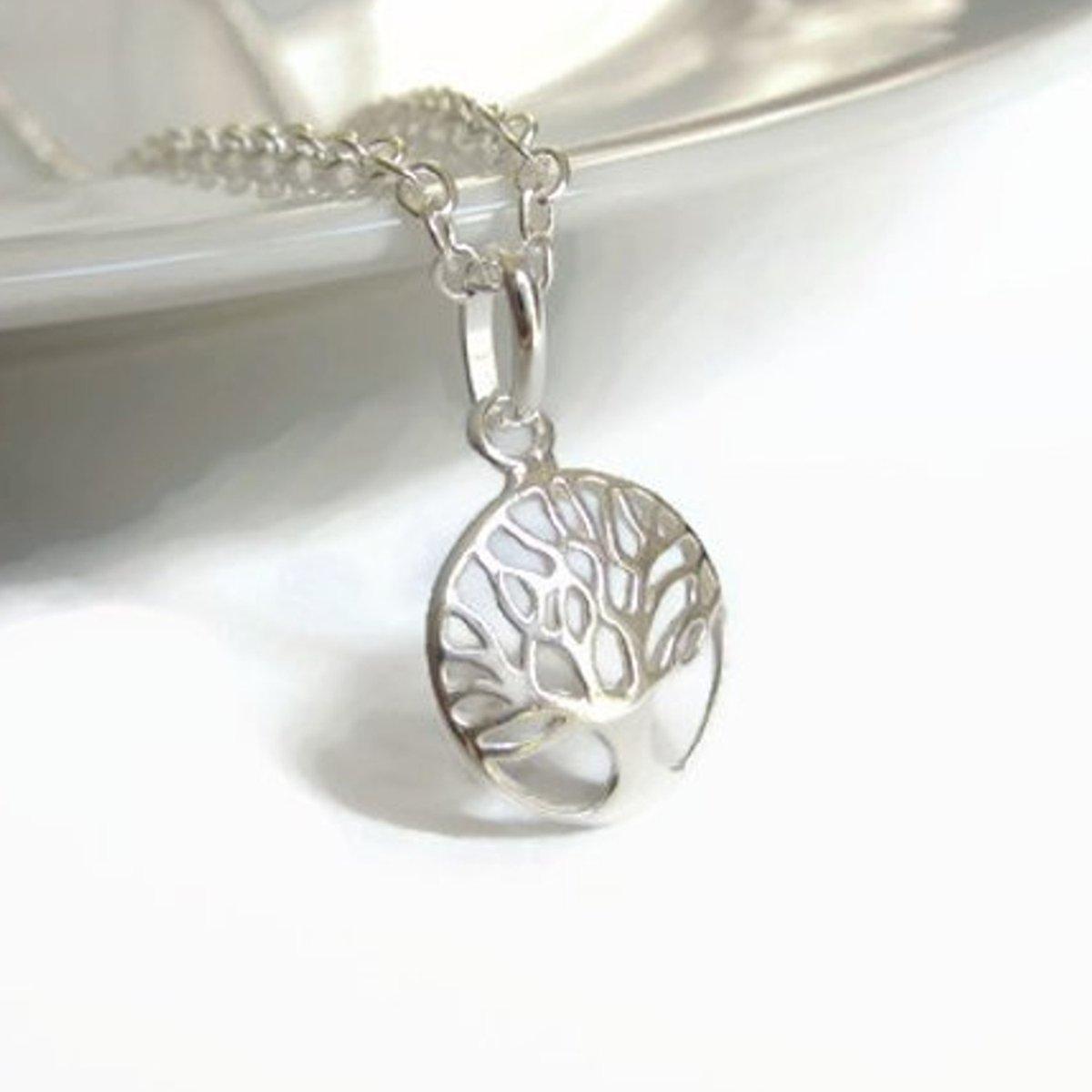 This Sterling silver Tree of Life necklace is a lovely #giftidea - available gift-boxed :)  #handmade #uksmallbiz #uk #londonislovinit #smallbiz #womaninbizhour