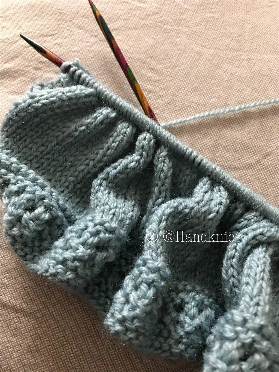 Starting the main section of the cardigan. #crafturday #handmade #etsyshop #etsyhandmade #etsy #CraftBizParty #knittedbabyclothes #babygift