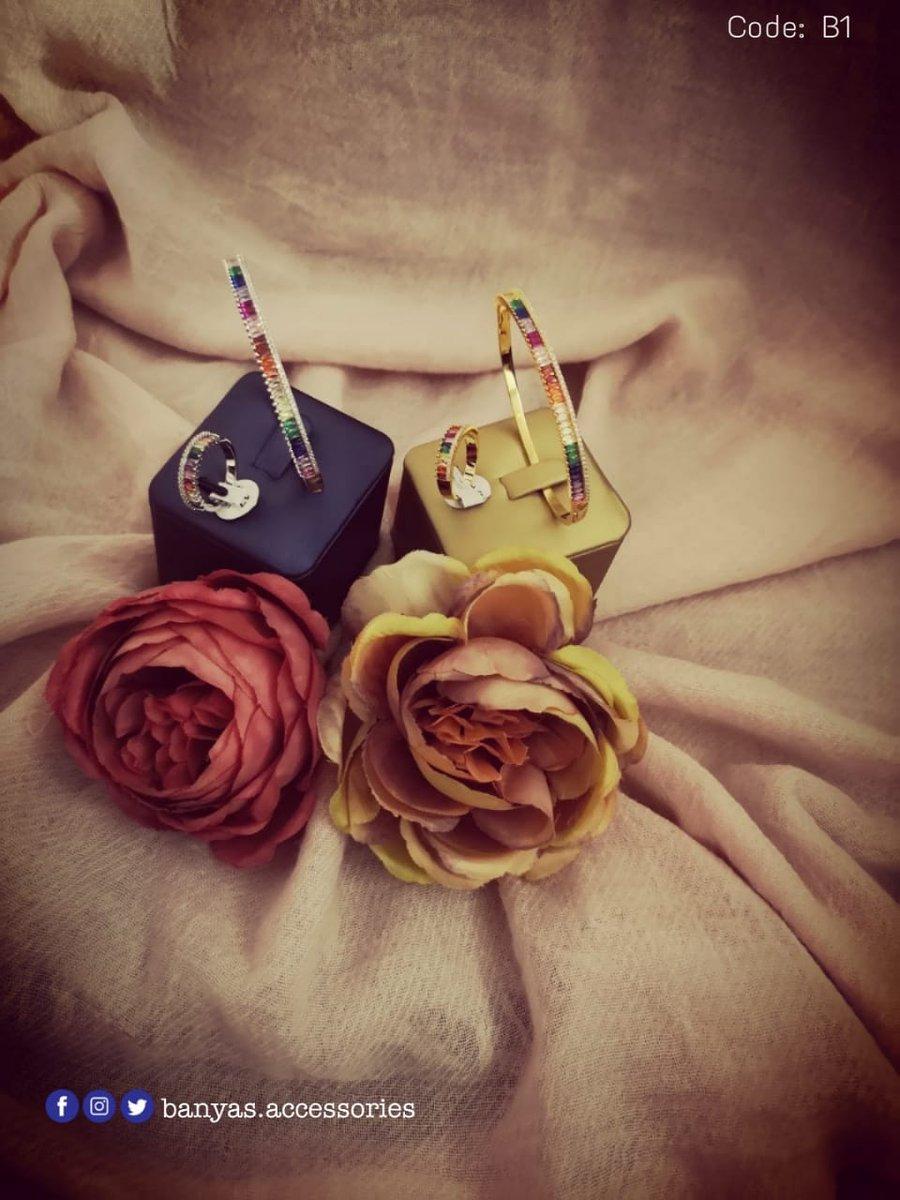 أناقة عصرية بألوان زاهية صيفية💎 °أسوارة مع خاتم مرصعة بالزيركون °جودة عالية ولون ثابت °متوفرة باللونين: الذهبي والفضي °كود المنتج: B1  سعر منافس 70 درهم فقط 👌🏻 تقدم مع بوكس فخم 👍🏻 للطلب يرجى التواصل بالواتساب: 0503960263  #accessories #fashion #handmade