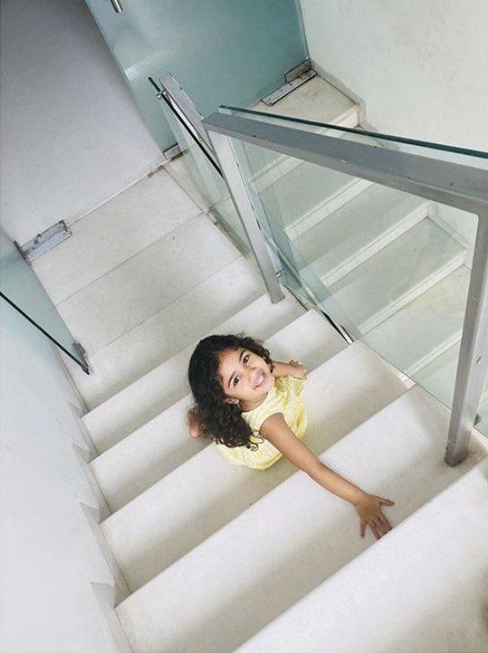 Allu Arjun shares his weekend smiles from his adorable and cutest daughter Arha.. @alluarjun #AlluArha