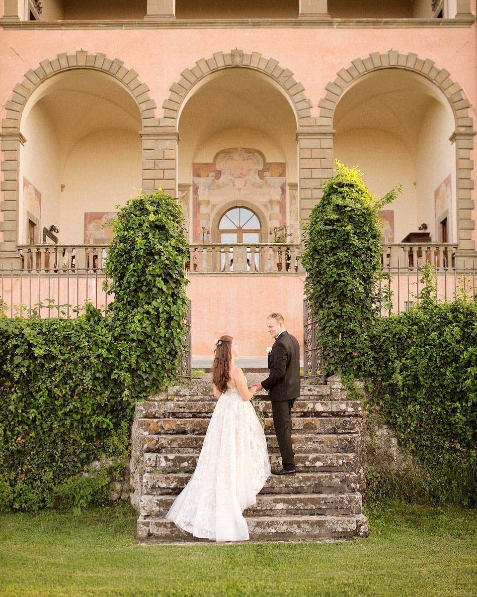 Plan your wedding at Villa Mangiacane We promise to satisfy your every fantasy on this memorable occasio Florence  ——————————————— #wedding #florence #firenze #villamangiacane #matrimonio #events #tuscany  #toscana #italia #luxuryhotels #esclusivo #emotions #holiday #chiantipic.twitter.com/clMPaz17Bl