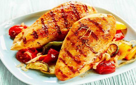 Pollo, peperoni e zucchine: così scatta la magia dei sapori - https://t.co/MLRtpjdgHz #blogsicilianotizie