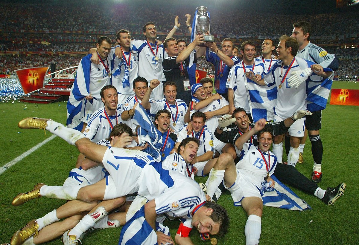 On this day, exactly 16 years ago, Greece beat Portugal 1-0 in the EURO 2004 final to shock the world.  <br>http://pic.twitter.com/O3HpNY2wMD