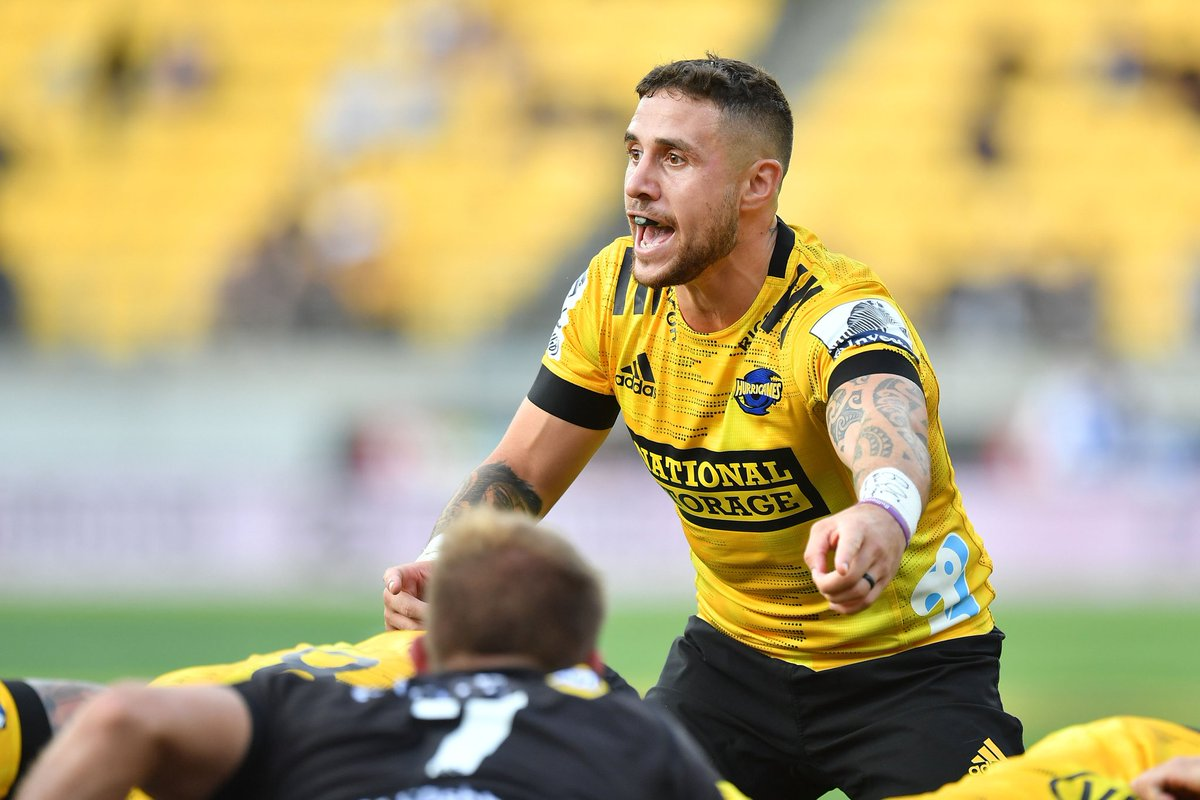 If there are fans who will greatly appreciate a win by their team at the moment, it's those of the Hurricanes. The 'Canes have not won a single game in #SuperRugbyAotearoa yet. Do you think they'll manage to take the W against the Chiefs tomorrow?