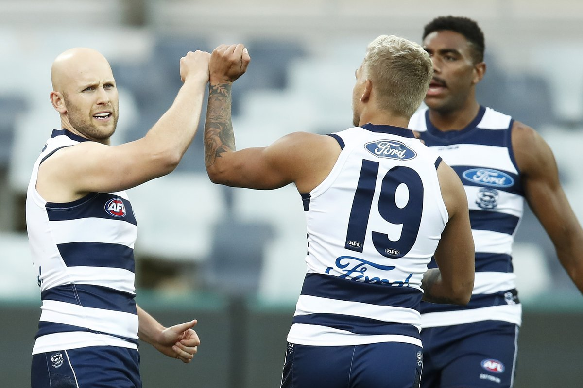 CATS SALUTE!  The @GeelongCats get the win for Gaz and Joel Selwood in their 350th and 300th respectively 🤙  #AFLCatsSuns #Gaz350 https://t.co/27u3Arq9kc