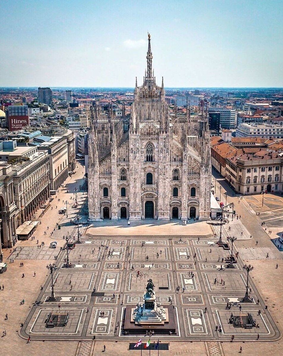 Great view of #Milan #Italy ( world_walkerz) pic.twitter.com/UBH9qEf159