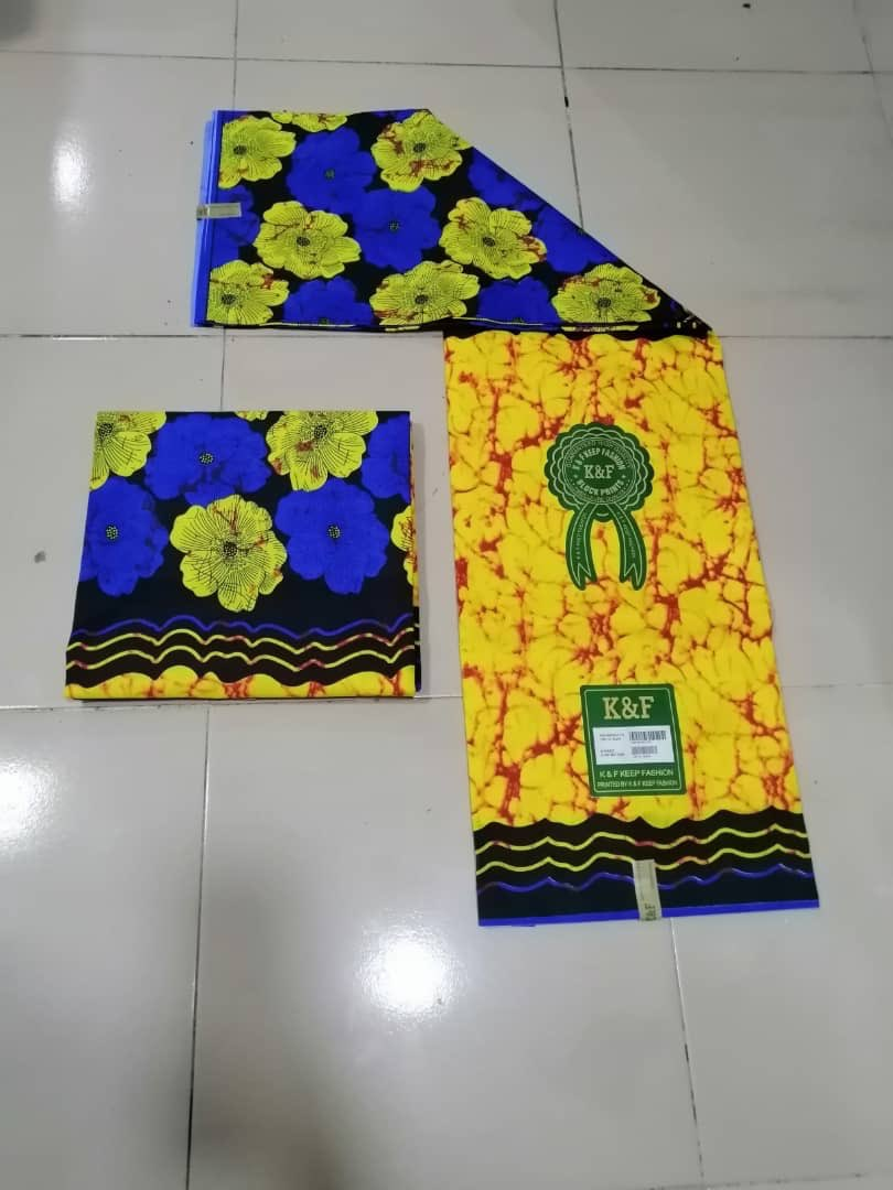 Happy weekend FAM  Do add some fabrics to your collections   DESCRIPTION: Fabric: Ankara Yards:6 Price: 2,000 Quality: Pure cotton  <br>http://pic.twitter.com/OqmJvG3C4e