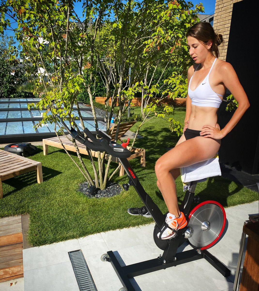 Early Saturday Summer Home Workout💪🏽💦 @KeiserFitness https://t.co/4usbObobHP
