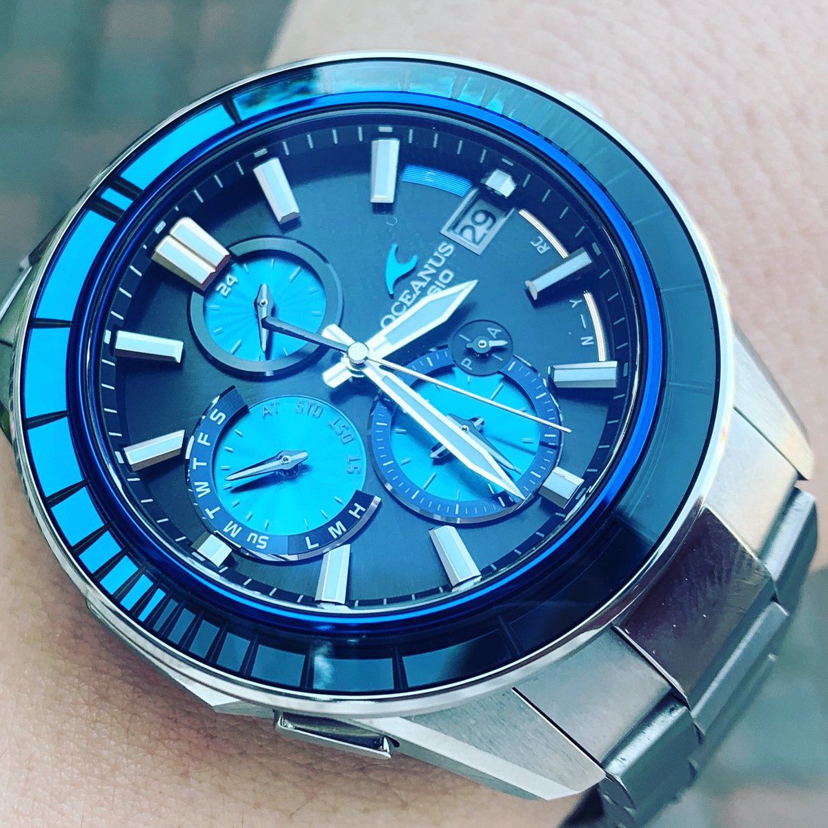 #oceanus #江戸切子 #ocws4000d   OCW-S4000D! 一目惚れしました!  江戸切子のブルーが、ヤバたん! 限定品なので、質の良い中古品を お安くゲット出来ました! https://t.co/FmJEf1MwzJ