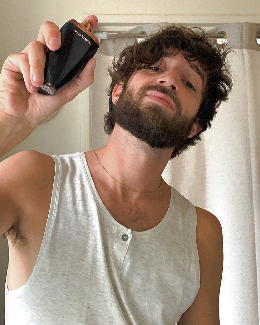 P R I V A T E   C L U B . . . . #mauboussinparfum #MPFriends #perfume #parfum #fragance #mauboussin #privateclub #beardedstyle #bearded #partnership #paris #instaguy #parisian #portrait #barbu #influencer #model #fashion #igersparis #igersfrance #hairstyle #partenariat #modepic.twitter.com/eop5Bc0CH3