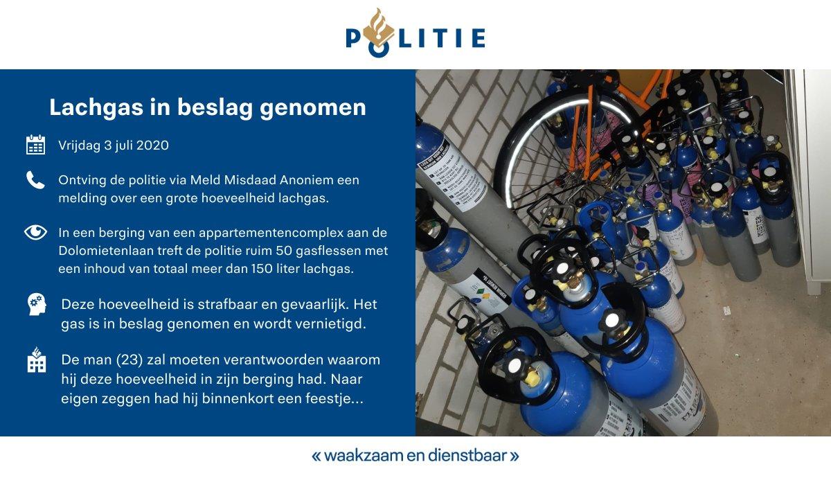 We namen gisteren in #Tilburg ruim 50 gasflessen gevuld met lachgas in beslag. Naast dat het strafbaar is, is het ook nog eens ontzettend gevaarlijk om meer dan 150 liter lachgas in een berging van een appartementencomplex te bewaren. https://t.co/CkT5Xf9IOh