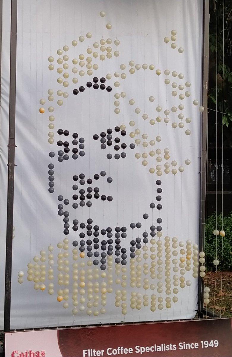 Tribute to #SwamiVivekananda , a public art installation in Bengaluru <br>http://pic.twitter.com/9dovIUt0xN