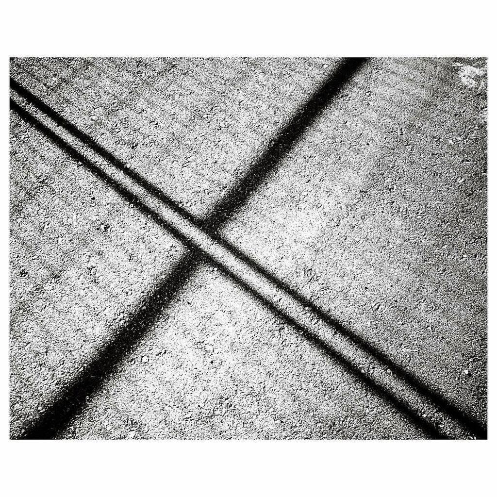 2020 arlophoto365 challenge 186/366 . . . . . . #ricoh #grIII #ricohgr3 #gr3 #ricohgriii #grsnaps #blackandwhite #blackandwhitephotography #b+w #bnw_greatshots #bnw_planet_2020 #winnipeg #manitoba #shadow #canada #westend https://instagr.am/p/CCOW4llg7iO/pic.twitter.com/KjUc1BryKX