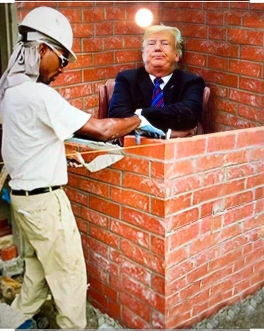 #BuildTheWall #TrumpOwnsEveryDeathpic.twitter.com/DpgNvF5Qxm