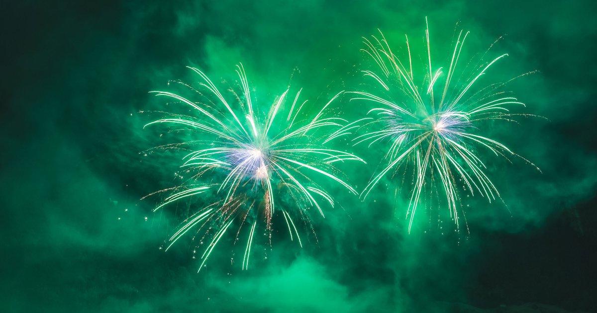 green fireworks ingredients - HD2880×1500