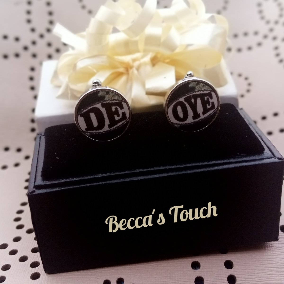Little things counts,gift that special one something special today....  Customized Cufflinks now available @Beccas_Touch  Duration: 2 working days WhatsApp: 07082099013pic.twitter.com/3pqAQvGW58