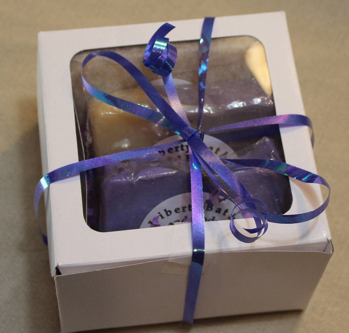 Floral Soap Gift Box Handcrafted Lilac Soap, Lavender Bar Soap, Oatmeal Honey Soap, Gifts Under 15, Mother's Day Gift, Birthday Gift http://tuppu.net/ac4de2d8 #facialcare #allnatural #skincare #ecofriendly #Mensgrooming ##WashYourHands #LilacSoappic.twitter.com/TRVZeGDldJ