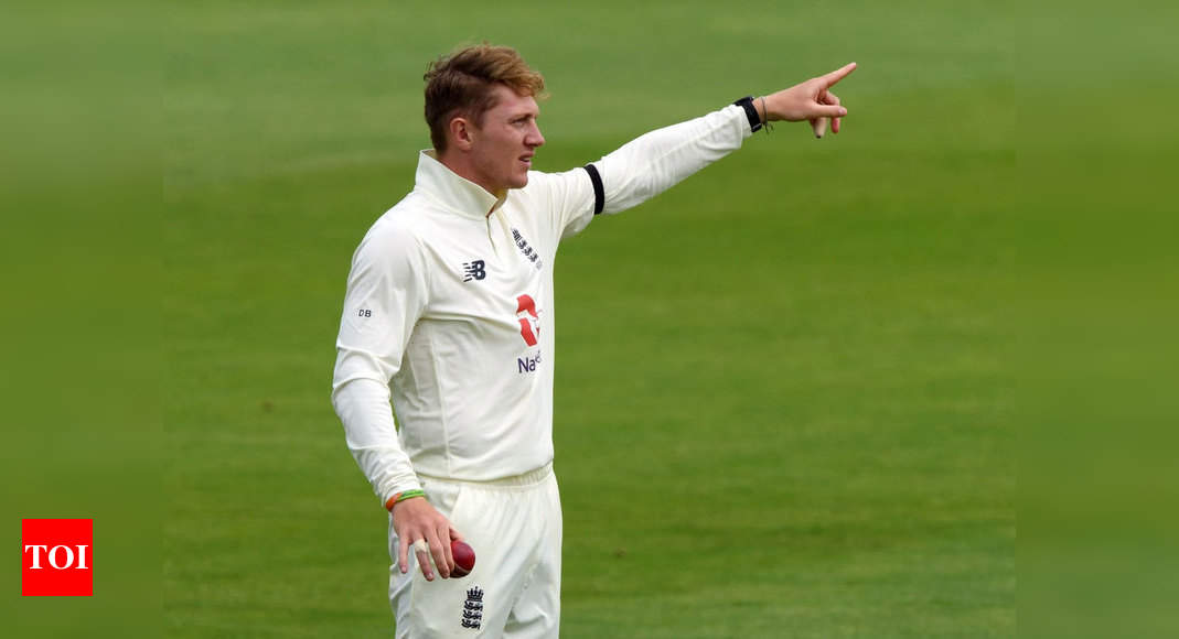 England announce 13-man squad for 1st WI Test  Dom Bess was preferred to Moeen Ali and Jack Leach as England named a 13-man squad for its long-awaited return to Test cricket against Windies next …  https://timesofindia.indiatimes.com/sports/cricket/west-indies-in-england/england-include-dom-bess-in-13-man-squad-for-first-windies-test/articleshow/76785203.cms …  #NEWS  #BreakingNews  #BreakingWorldNews   #TimesOfIndiapic.twitter.com/jVQD7DSJc4