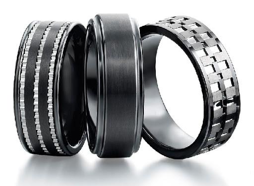 Customized Tungsten rings.. Everythin A1s.. All José Rodrigues dos Santos books.. Infinity Saga Collector's stuff.. https://twitter.com/MrMutaquiha/status/1279373554220519431…pic.twitter.com/7RC8q8IMoG