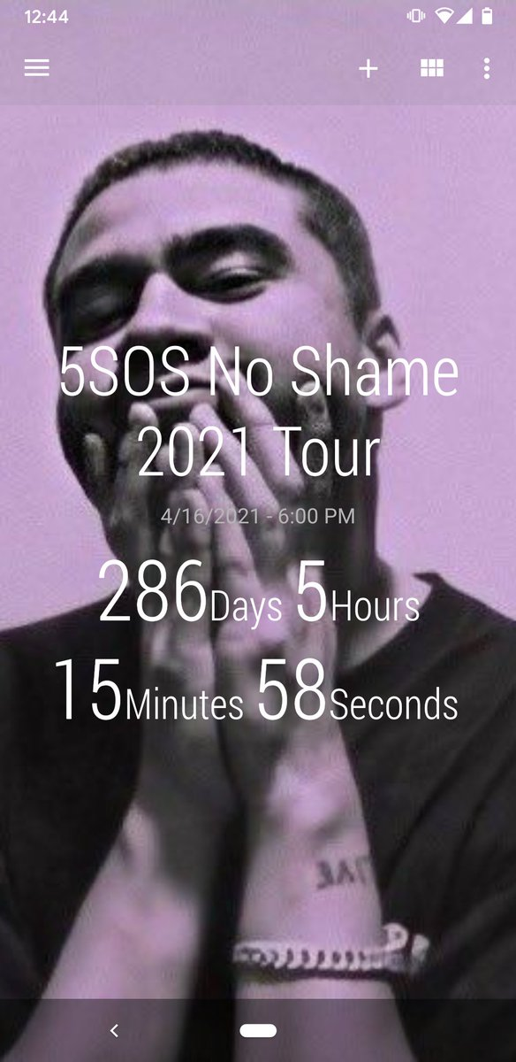 I check this every day just to make sure time is still moving. #5sos #NoShameTour