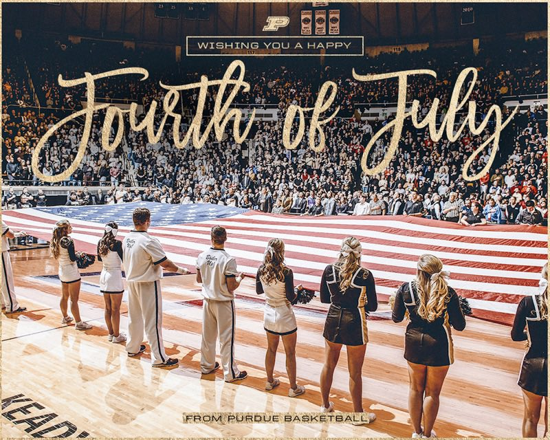 Wishing everyone a safe and happy 🎆 #4thofJuly 🎇 from Purdue Basketball. https://t.co/jkCNZygVu3