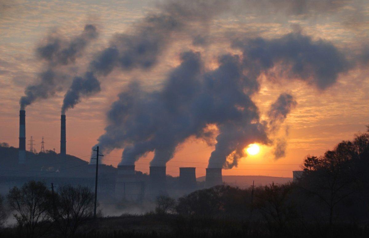 वायु गुणवत्ता में सुधार के साथ ओज़ोन प्रदूषण में वृद्धि: कारण और परिणाम  https://t.co/rotCjIGOdX  #IAS #UPSC #Prelims #Mains #GS #News_Article #SanskritiIAS #ozone_pollution #air_pollution #currentaffairs https://t.co/d7SHB0GStn