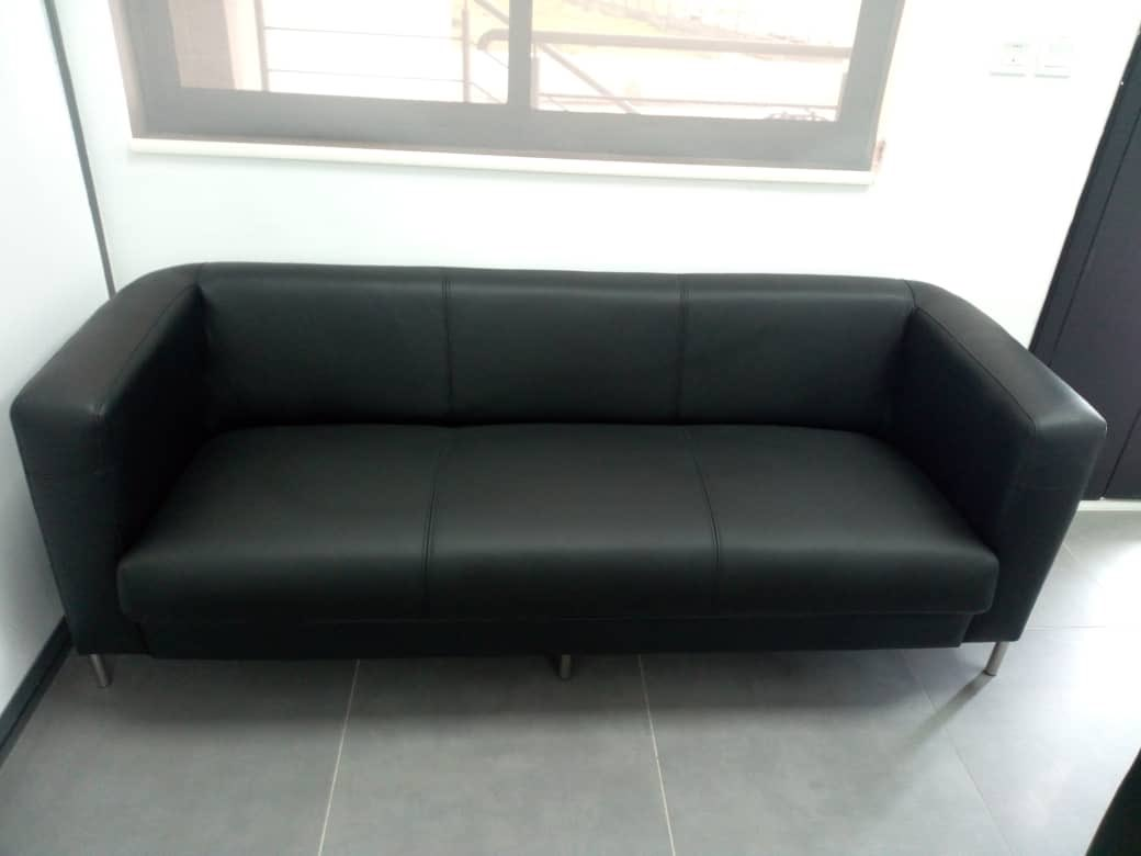 Set of sofa done and delivered  . Swipe to see more .  P.S - spot our model on the last slide  . You can trust us with your furniture needs  . #bespoke #bespokefurniture #sofa #sofas #chairs #officechairs #zenideasng #leatherchairs #furnitureonline #furnitureinlagospic.twitter.com/NPLHlCXQEW