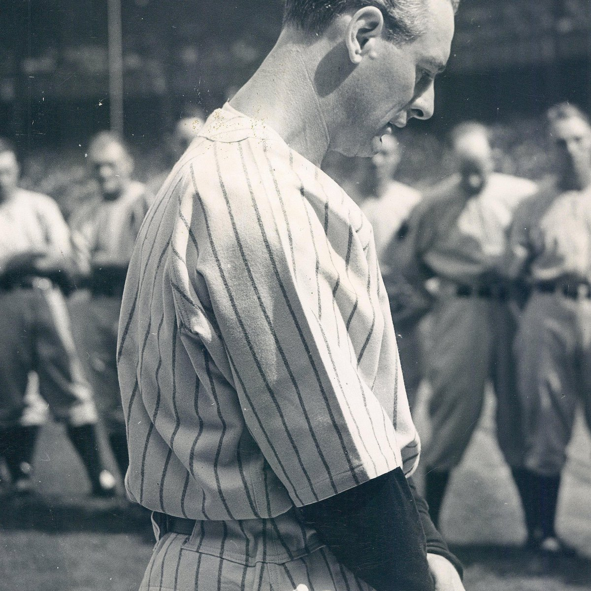 #OTD in 1939, Lou Gehrig delivered his farewell speech #LouGehrig https://t.co/M1x4ZQeMLA