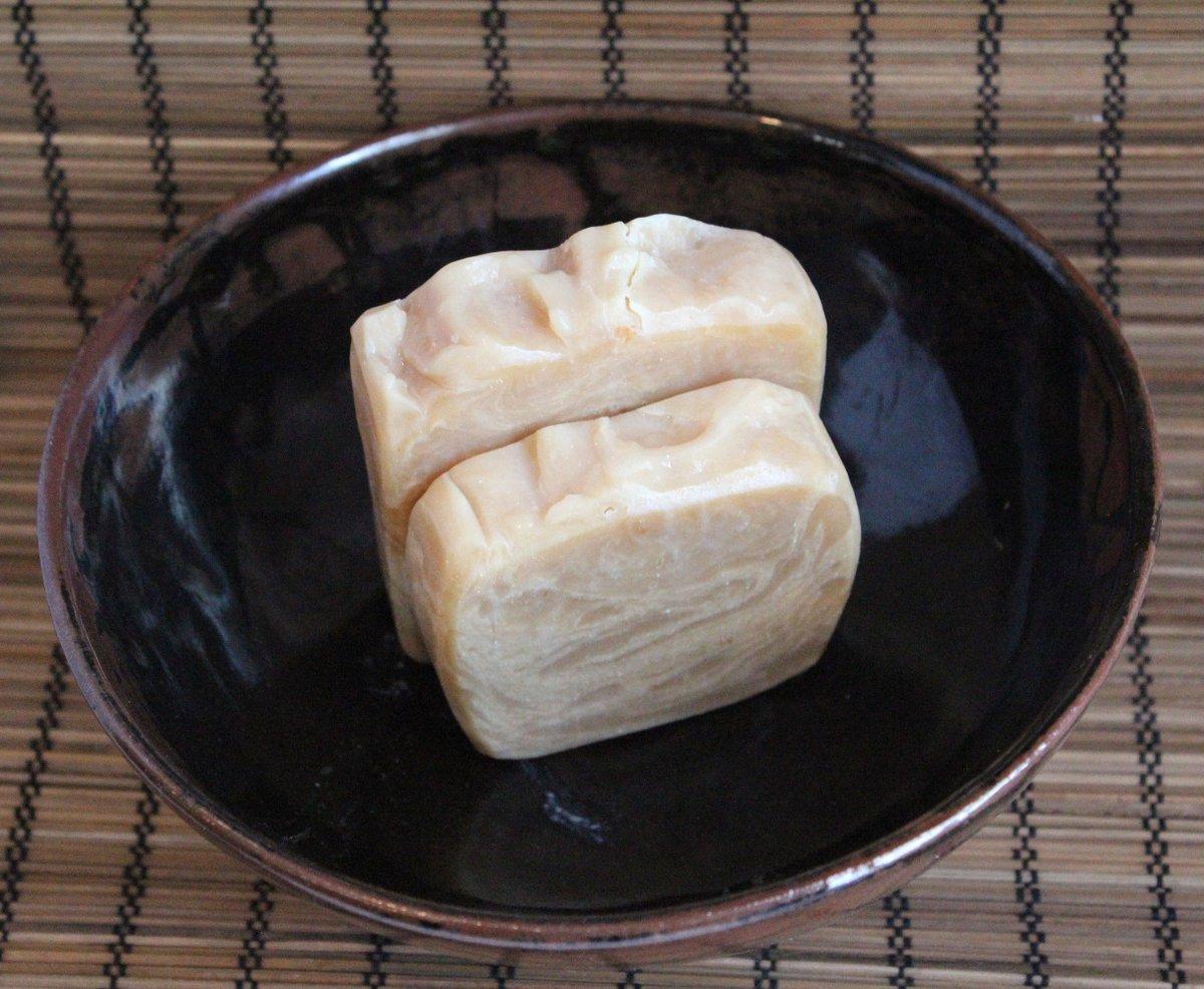 Lemongrass Goat's Milk Soap, Cocoa Butter Soap, Large Bar Soap Essential Oil Soap Unisex Cleanser Spring Summer Scented Handmade All Natural http://tuppu.net/776d65f1 #coldprocesssoap #Mensgrooming #ecofriendly #LibertyBathAndBody #skincare #GoatsMilkSoappic.twitter.com/3ORHZksASd