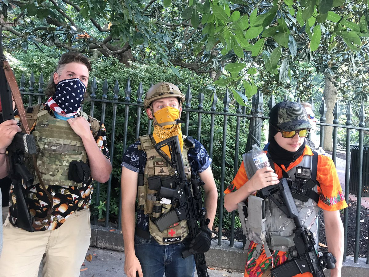 Im in Richmond reporting on a pro-gun rally for @VICENews . The Boogaloo Bois have arrived https://t.co/QwrMfOYkPp