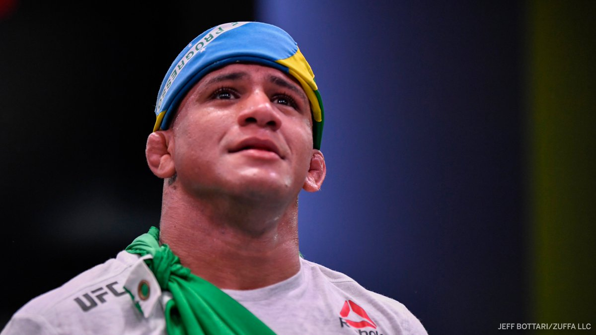Gilbert Burns has been removed from his UFC 251 main event bout against Kamaru Usman, a source confirmed to ESPN.  (via @arielhelwani) https://t.co/PZpRgvlols