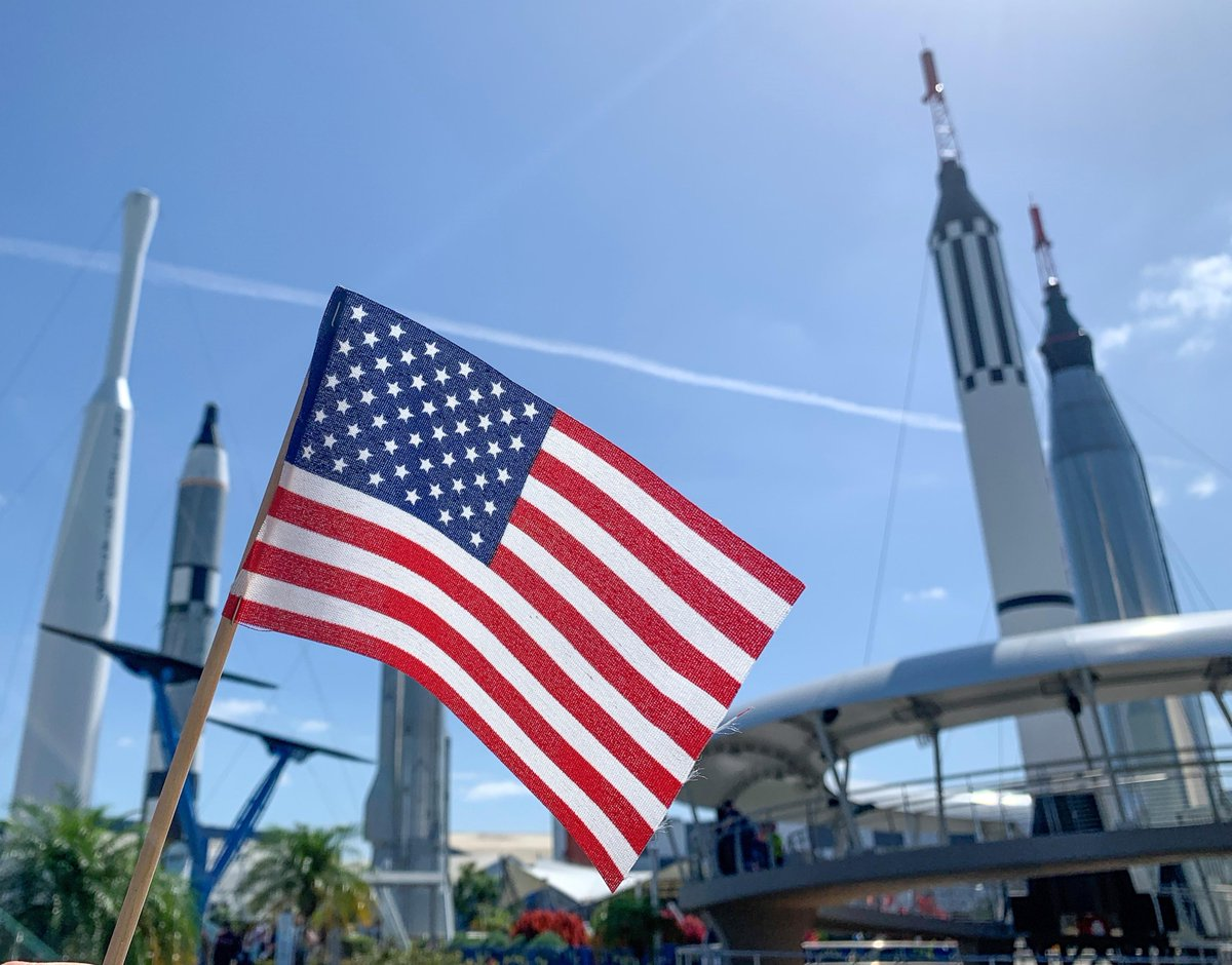 We hope your #FourthofJuly is out-of-this-world! 🎆🚀 #KennedySpaceCenter #TheJourneyContinues