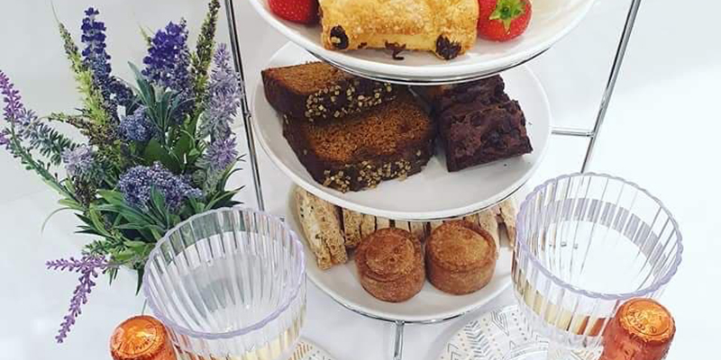 We're loving seeing photos of your Morrisons Cafe Takeaway afternoon teas. Share your pics and show us how you serve yours! To place your order, call us on 0330 808 9733 8.30am-8pm Mon-Sat or 10am-3pm Sundays and collect from our cafes. #MorrisonsCafeTakeaway #AfternoonTea https://t.co/j82WnaOKE6