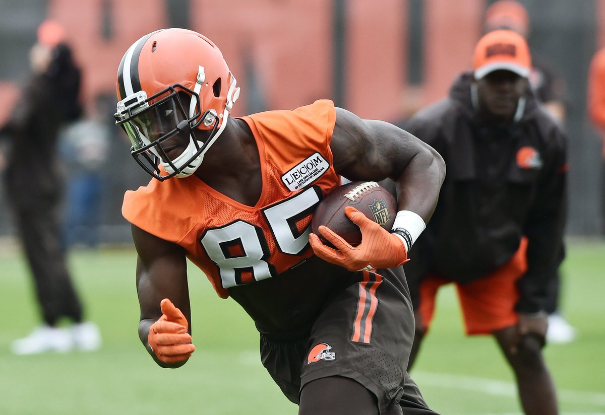 Cowboys Are Not Interested In Trade For Browns TE David Njoku https://t.co/kZZDPS9pDY #Cowboys #Browns https://t.co/JDk80Fuzuy