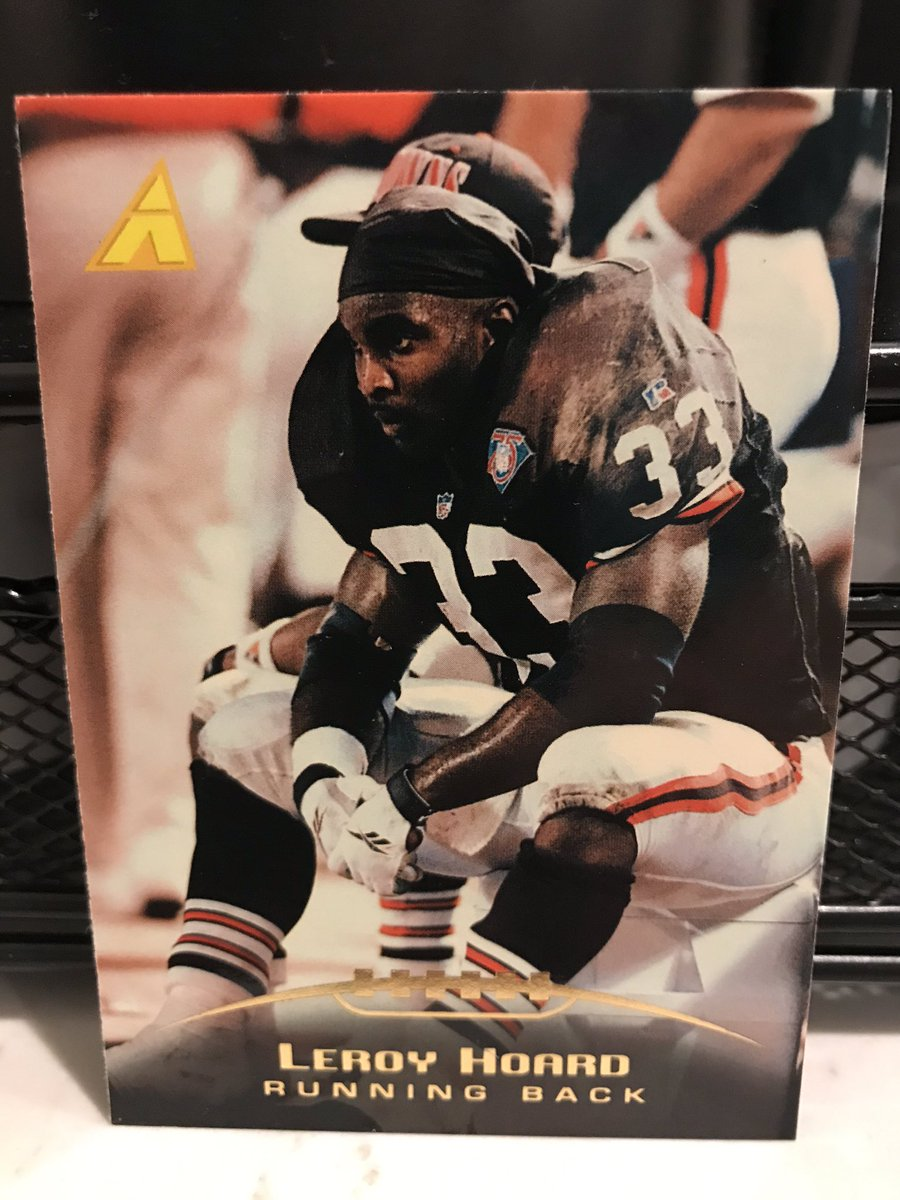 Miami sports radio host Leroy Hoard played 10 years after starring at Michigan (Rose Bowl MVP in 89). Made the Pro Bowl for the Browns in 94. In his final season, playing for the Vikings, he converted a 3rd-&-37 on the ground— youtu.be/x2DHO8Ewhmo