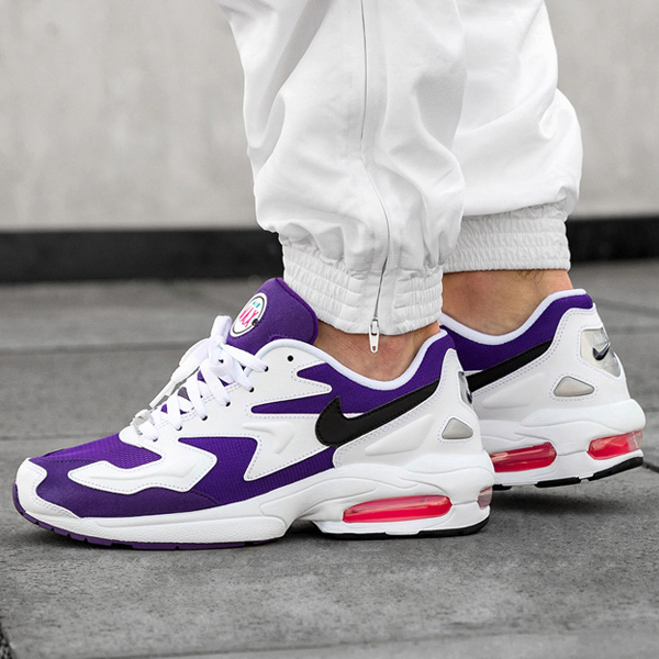 Still time to grab select sizes under 12 for the 'Court Purple' Nike Air Max2 Light for 70% OFF retail at just $41.70 + ship. #promotion  BUY HERE -> https://bit.ly/33UkfWupic.twitter.com/8HrfFgn2gW