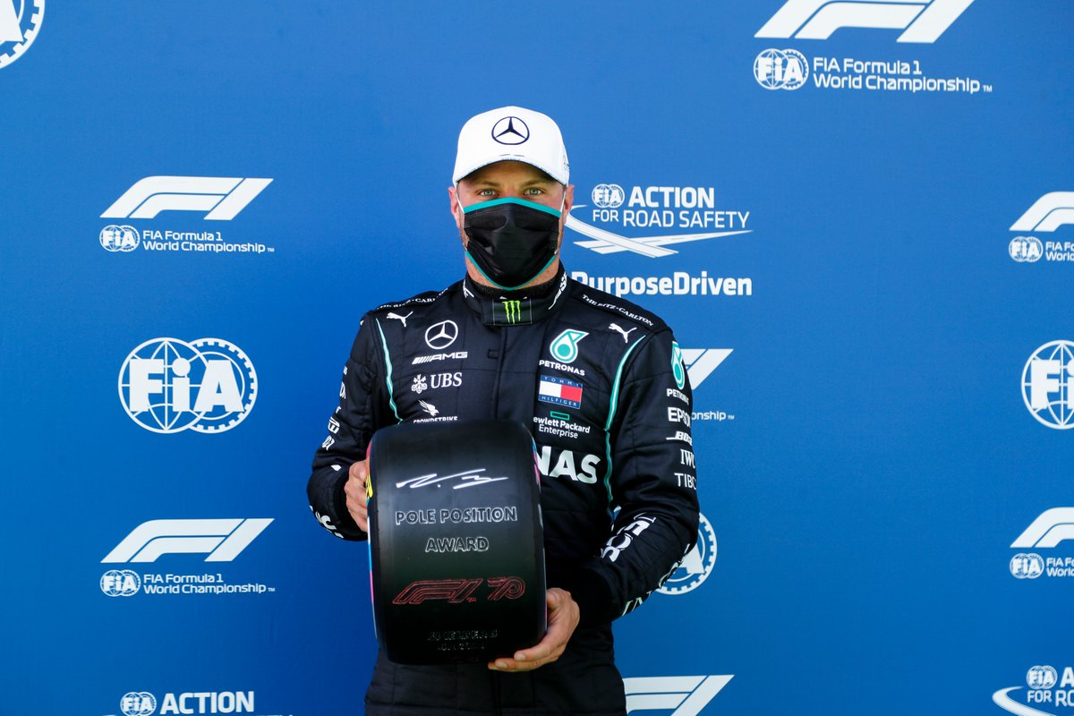 Valtteri Bottas picks up the first Pirelli Pole Position Award of the season 💪  #AustrianGP 🇦🇹 #WeRaceAsOne @pirellisport https://t.co/u8b75r3bNv