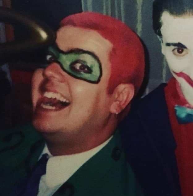 I found this old pic from the early 90s of me dressed as the #Riddler on Halloween. It seems like another lifetime ago. Thought you'd get a kick, @TomKingTK @DCComicspic.twitter.com/GudmzHmYJO