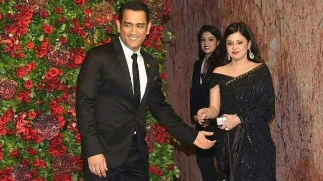 I wish both of you a thousand years of happy married life. May the joy of this day stay with forever and until the last breath. Happy marriage anniversary Bhaiya bhabhi ji!!❤️💞 @msdhoni @SaakshiSRawat 🙏🏻🙏🏻 lots of Love!😘😘 #Mahisakshi #DhoniFanForever #myheartbeatdhoni❤️ https://t.co/w9AcA8mpH3