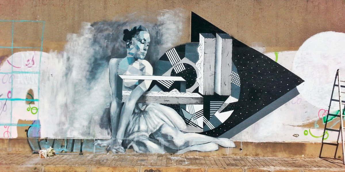 ... never allow anyone to tell you that you are not beautiful... little dancing soul, Art by Irene Lopez Leon & Uriginal in Barcelona #StreetArt #Art #Beauty #Soul #BlackAndWhite #Poetry #Graffiti #UrbanArt #Barcelonapic.twitter.com/46Rlff6QJF