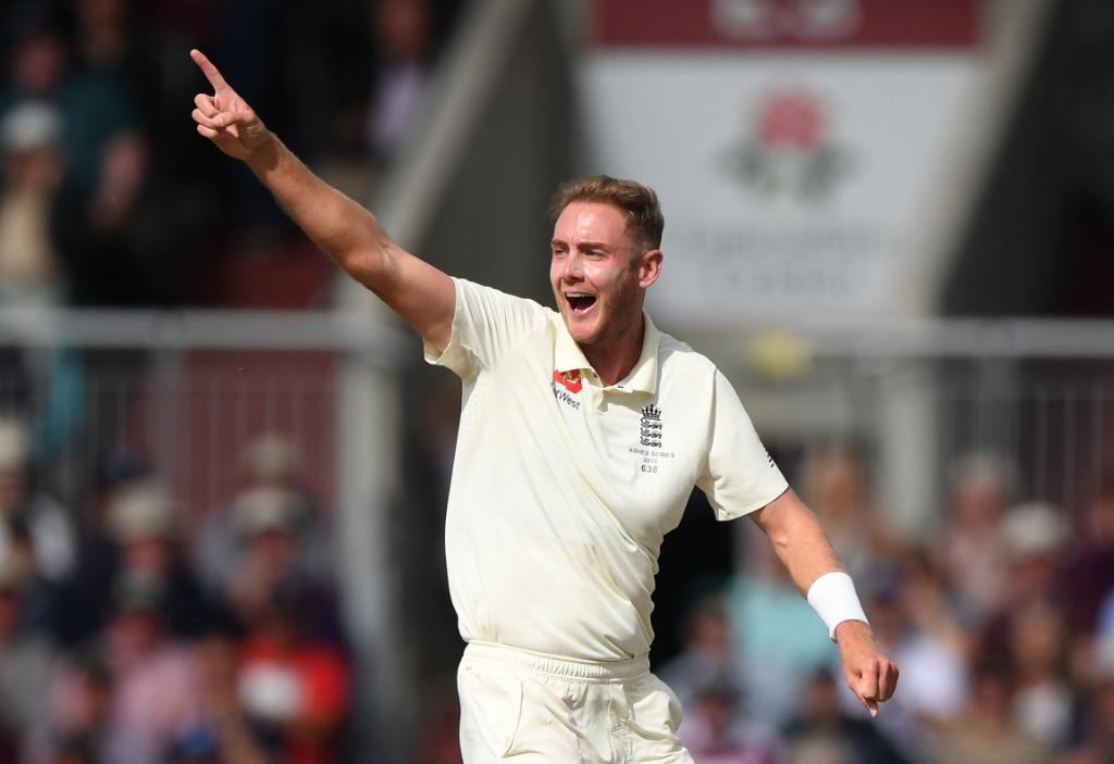 🚨 STAT ALERT 🚨 Stuart Broad is only 15 short of 5️⃣0️⃣0️⃣ Test wickets, a rare milestone only six bowlers have achieved to date! How close will he get to the mark during the #ENGvWI Tests? 👀
