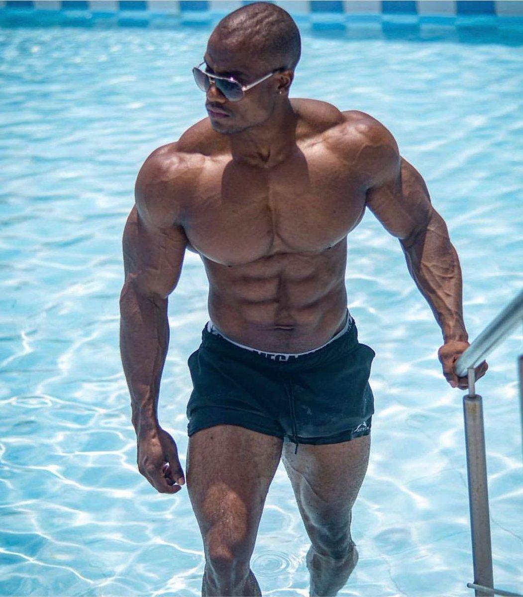 Shredded body @walasupplement . . . . . . #Bodybuilding #bodybuildingmotivation #bodybuildinglifestyle #bodybuildingcom #bodybuildinglife #bodybuildingnationpic.twitter.com/d5DGJrj06E