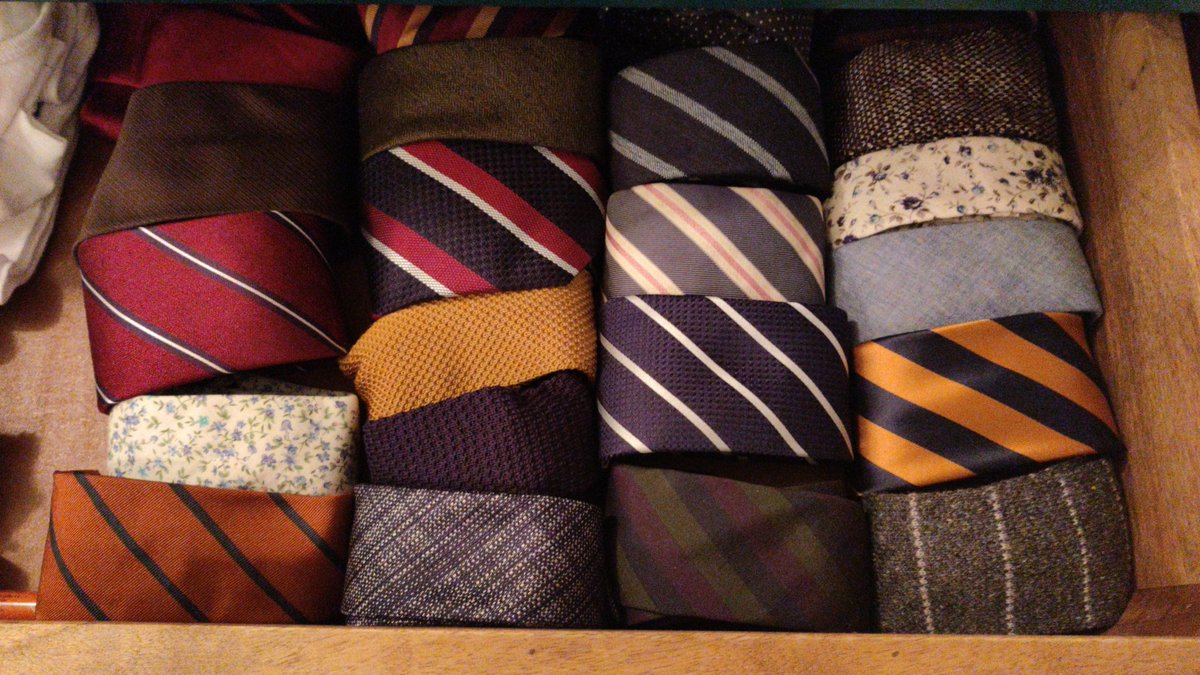 @MarkASmith85 @MenTeachPrimary May I present, the tie drawer.