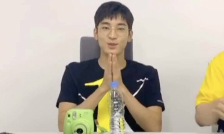 good luck praying wonwoo for:                                                                                KIDULT                SPECIAL                              MV                                                           wonwoo mingyu as the directors pic.twitter.com/i7oJq7qiGR  by nany🌻🍭