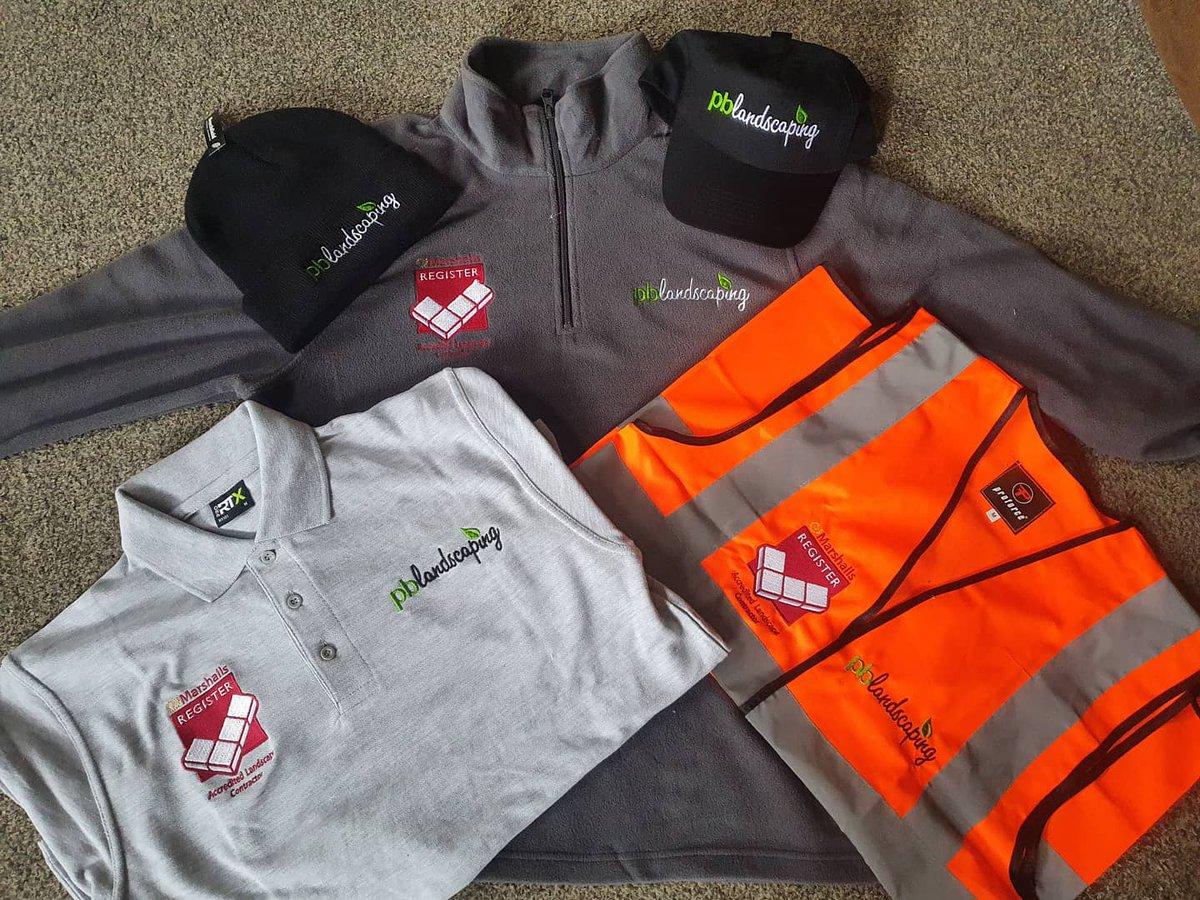 New work gear arrived today #workwear #embroidedworkwear #lookingfreshonmondaymorningpic.twitter.com/sg97H5LwRE