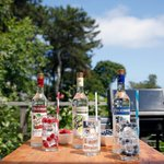 Image for the Tweet beginning: Red, white and vodka. Enjoy